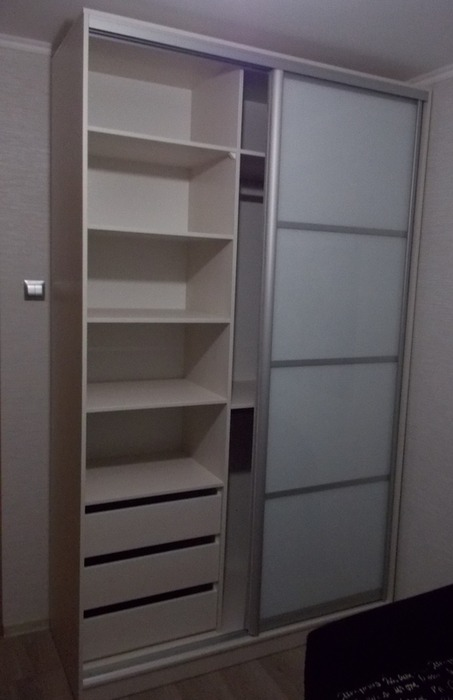 Белые шкафы-купе-Шкаф-купе из ЛДСП «Модель 93»-фото4