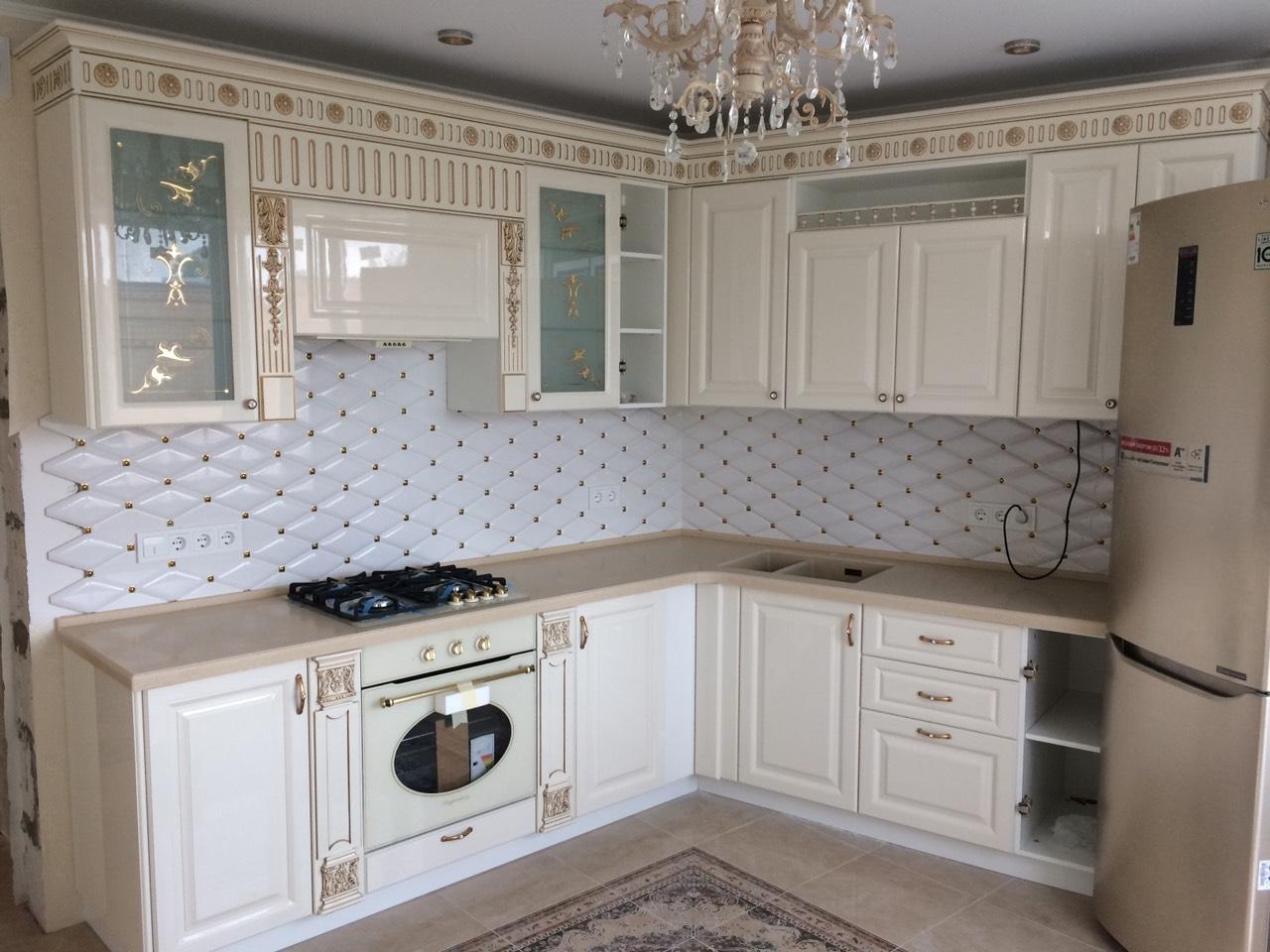 Белый кухонный гарнитур-Кухня МДФ в ПВХ «Модель 11»-фото1