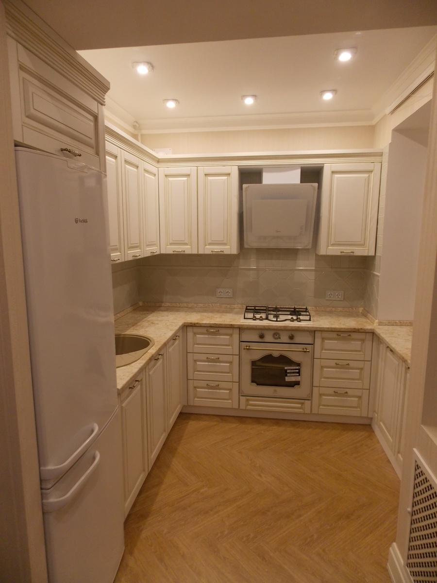 Белый кухонный гарнитур-Кухня МДФ в ПВХ «Модель 33»-фото1