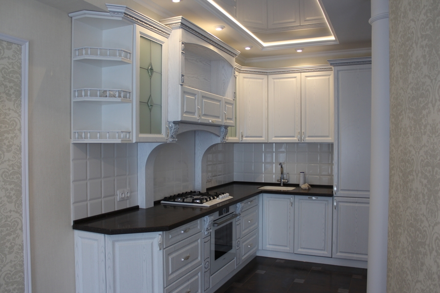 Белый кухонный гарнитур-Кухня из шпона «Модель 43»-фото1