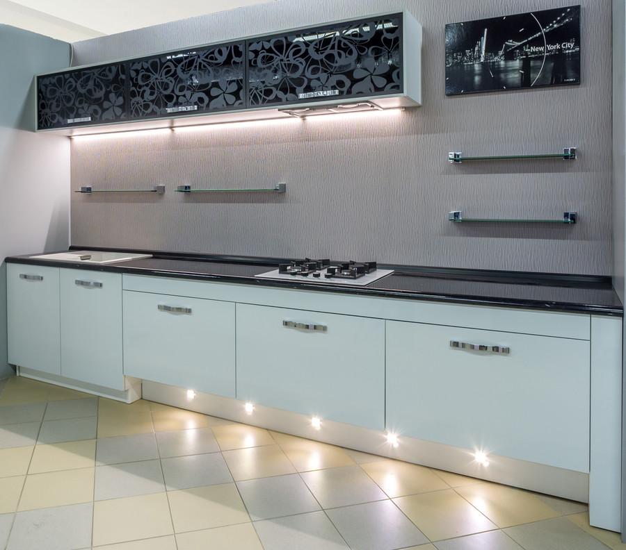 Белый кухонный гарнитур-Кухня МДФ в эмали «Модель 48»-фото1