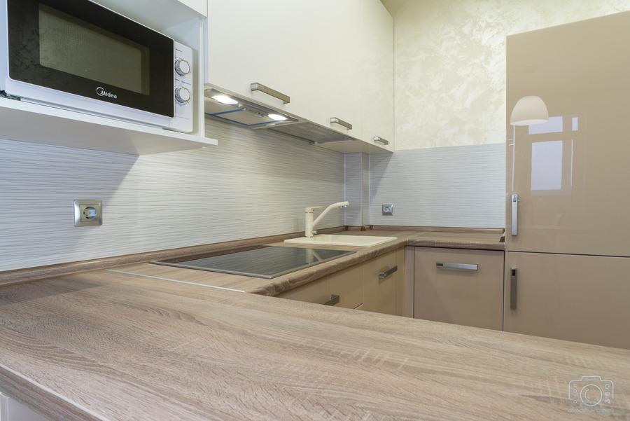 Белый кухонный гарнитур-Кухня из пластика «Модель 1»-фото2