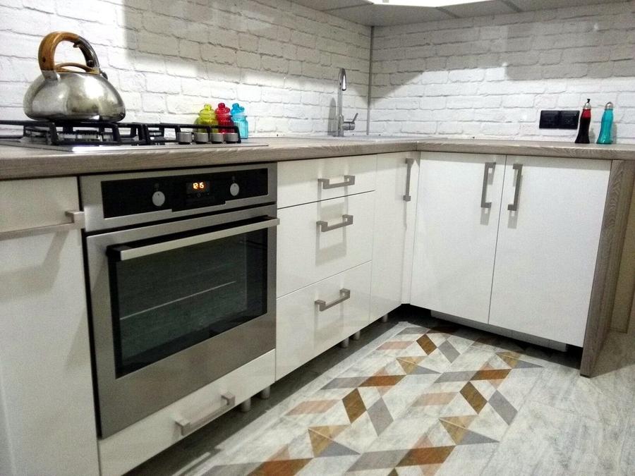 Белый кухонный гарнитур-Кухня из пластика «Модель 334»-фото6