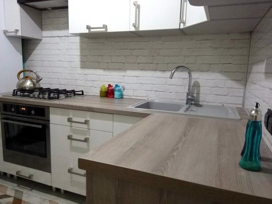 Белый кухонный гарнитур-Кухня из пластика «Модель 334»-фото7