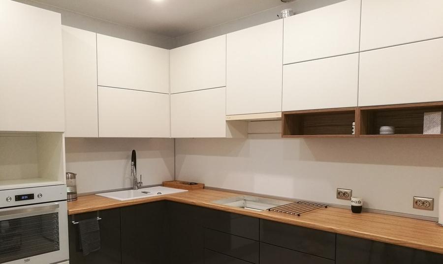 Белый кухонный гарнитур-Кухня МДФ в эмали «Модель 456»-фото2